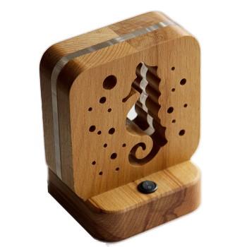 Светодиодный ночник Buken «Морской конек» из дерева