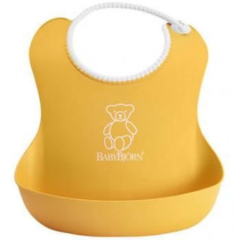 Нагрудник мягкий пластиковый BabyBjorn [ art. 0462 ], 60 / желтый