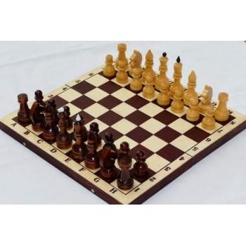 Шахматы деревянные Обиходные лакированные Р-11 в комплекте с тёмной доской