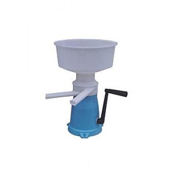 Сепаратор-сливкоотделитель 5,5л ручной,пласт.стан.Пенза